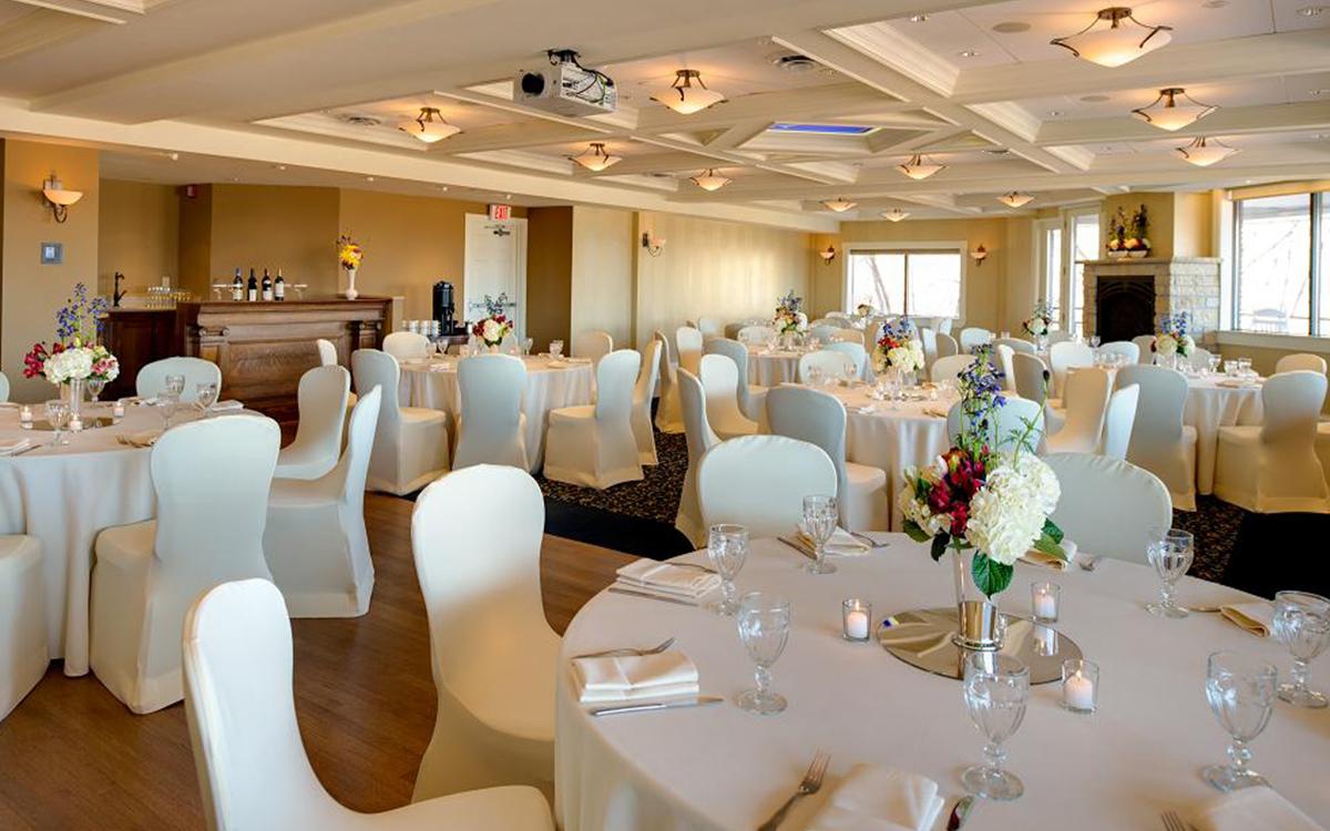 Romantic Spaces Laurentine Room