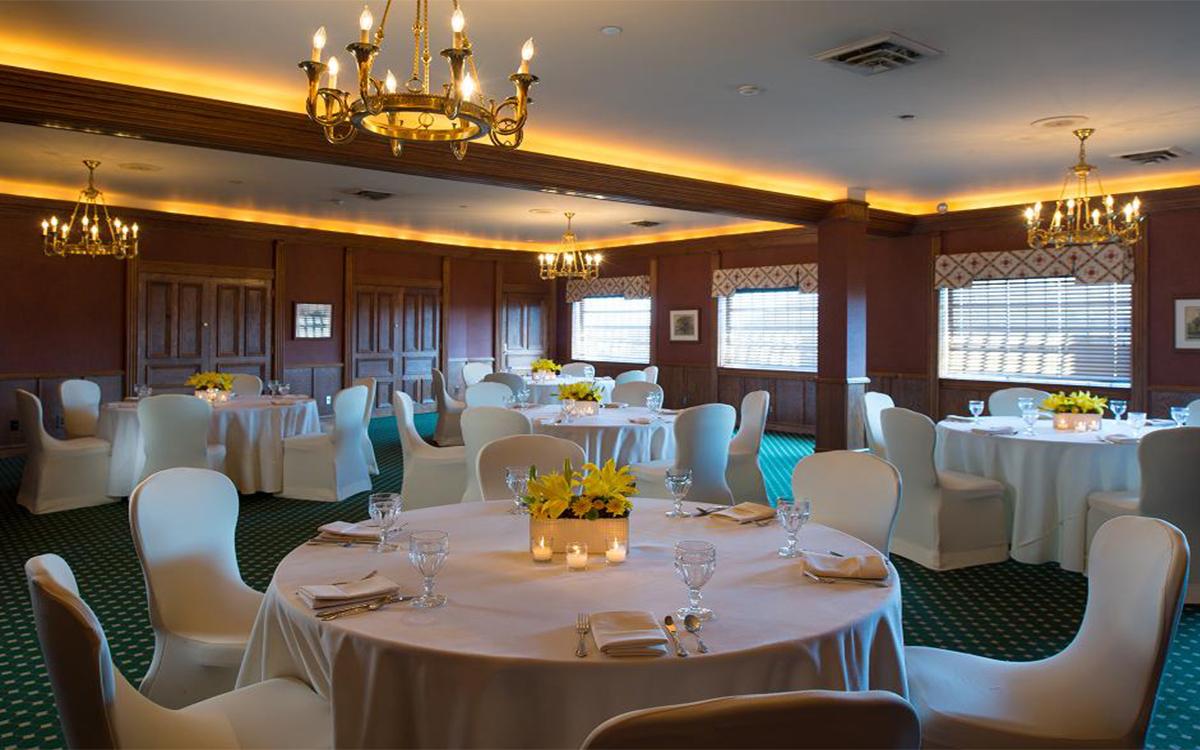 Romantic Spaces Oak Room