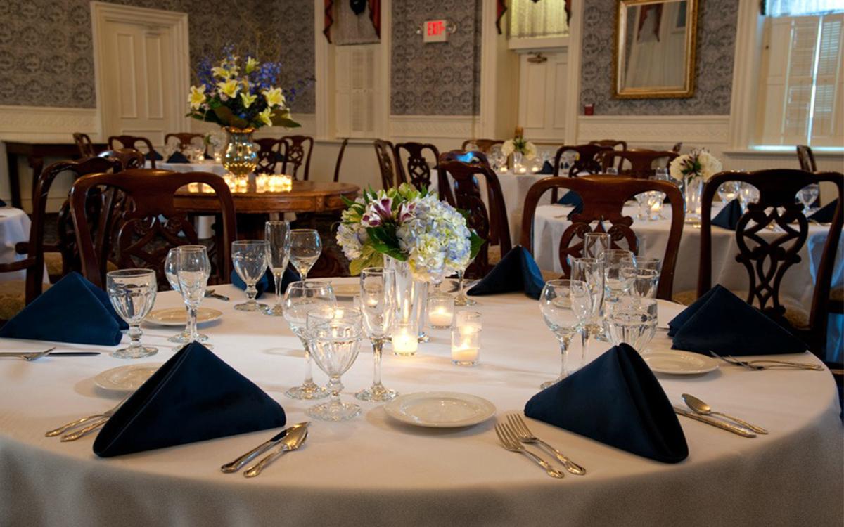 Romantic Spaces Victorian Dining Room